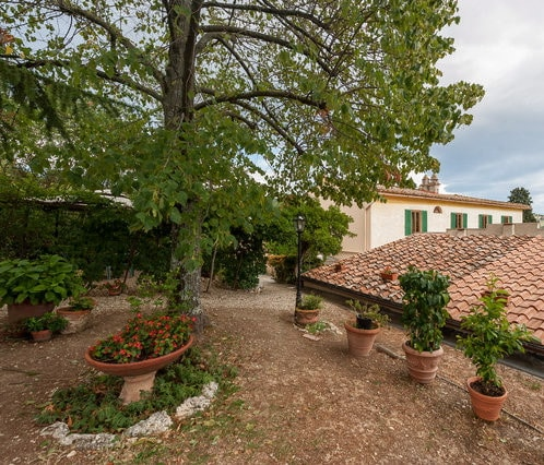 Bed and Breakfast Villa Nobili the garden 3