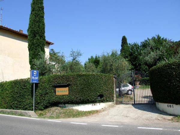 Bed and breakfast Villa Nobili il cancello di ingresso 2